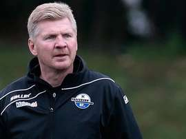 Effenberg ha sido cesado como entrenador del Paderborn tras dejar al equipo en la penúltima posición de la segunda categoría alemana. Twitter