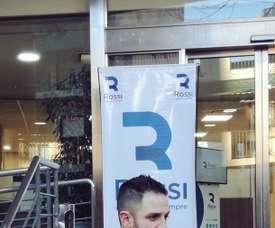 El delantero ficha por su cuarto equipo en Argentina. Twitter/Independiente