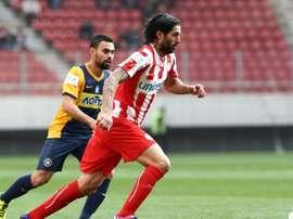 El 'Chori' Domínguez volvió a ser decisivo. Olympiacos
