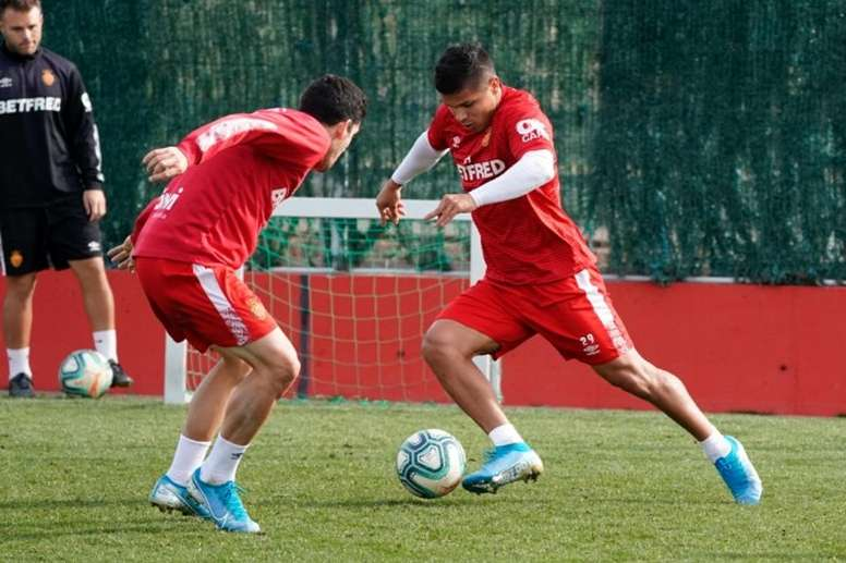 El 'Cucho' Hernández espera vencer al Valencia. RCDMallorca