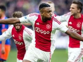 El Ajax no falló ante Willem II y sigue metiendo presión al PSV. Twitter