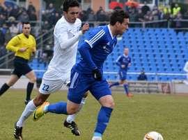 El árbitro que dirigió el encuentro de la Liga Regional Alemana fue el protagonista del partido por esta polémica acción. TsgNeustrelitz