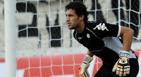El arquero uruguayo Martín Silva ampliará su contrato hasta 2019 con el club brasileño. Twitter