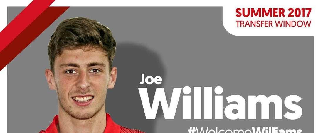 El centrocampista de 20 años llega a la entidad para conseguir minutos. Barnsley