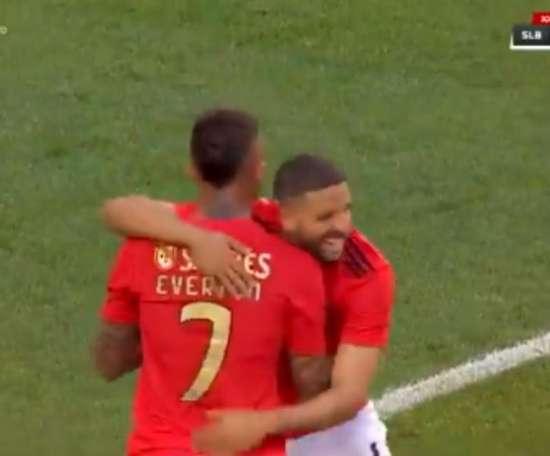 El brasileño anotó el segundo tanto, el de la victoria del Benfica. Captura/3TV