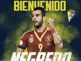 Negredo has signed for Cádiz. CádizCF