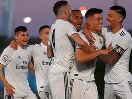El Madrid sonríe ante el Coruxo. RealMadrid