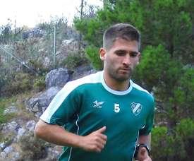 Álex Arias ya es del Coruxo. CoruxoFC1