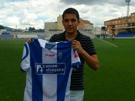 El centrocampista del Alcoyano Carles Salvador. Twitter