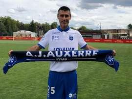 Julien Féret ya ha firmado con el Auxerre. Twitter/AJAuxerre