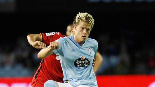 Mathias Jensen has moved to Brentford. EFE