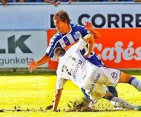 El centrocampista uruguayo Facundo Guichón, del Alavés. Twitter