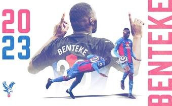 Benteke firmó dos años más con el Crystal Palace. cpfc