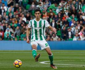 Le Betis veut prolonger Mandi et Joaquin le plus tôt possible. Real Betis