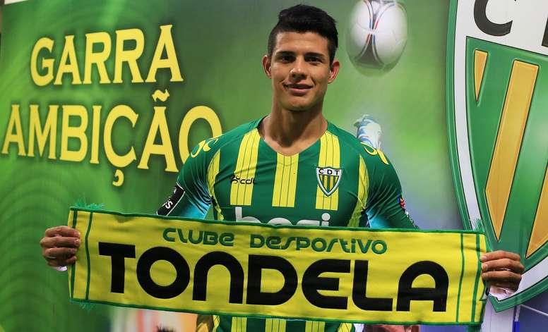 Yordan Osorio na sua apresentação como novo jogador do Tondela. CDTondela