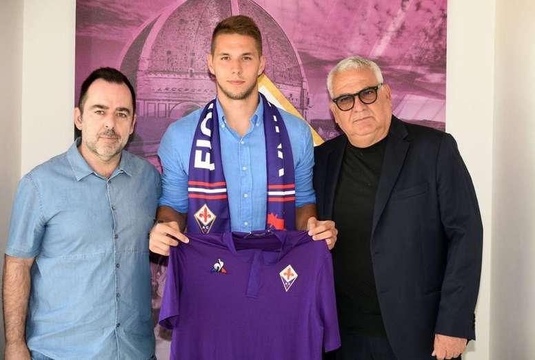 Pjaca chega por empréstimo para a Fiorentina. Twitter/ACFFiorentina
