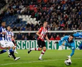El Heerenveen derrotó al PSV. EFE
