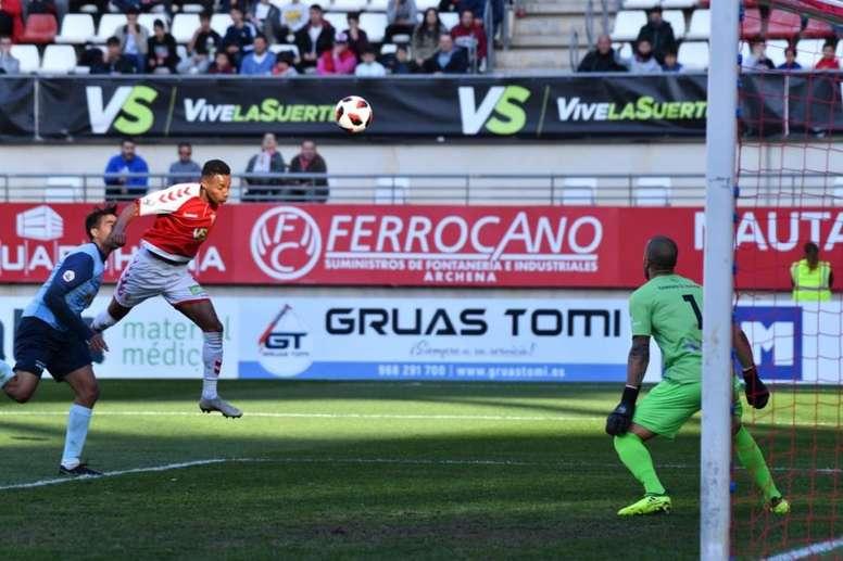 El Murcia logró rescatar un punto de la visita de El Ejido. Twitter/realmurciacfsad