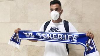 Enric Gallego llegó este martes al Tenerife. Twitter/CDTOficial