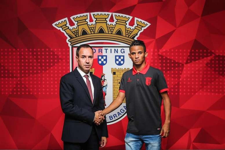 Erick de Arruda Serafim firmó contrato con el Sporting de Braga. SCBraga