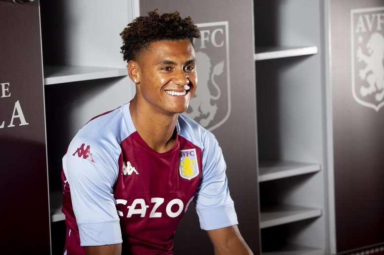 El prometedor goleador ha firmado hasta 2025 con su nuevo equipo. Twitter/AstonVilla