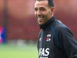Mounir El Hamdaoui ha cambiado el AZ por el  Umm Salal catarí. Twitter