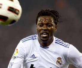 Adebayor esteve no Real com Ronaldo e Mourinho. EFE