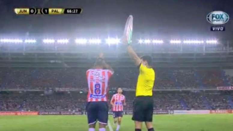 El cuarto árbitro confundió el dorsal... ¡y le costó un ...