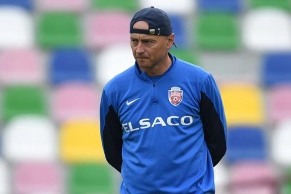 Leo Grozavu vuelve a hacerse cargo del Botosani, por tercera vez. FCBotosani