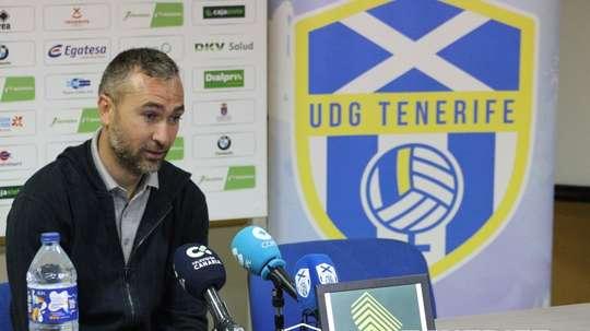 Ayoze Díaz comienza una nueva etapa como entrenador. UDGTenerife