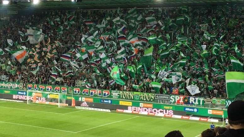 El Rapid se impuso en Copa al modestísimo Leobendorf. SKRapid