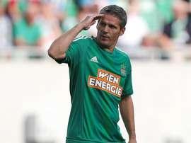 Dietmar Kühbauer jugó entre 1992 y 1997 en el Rapid. SKRapid