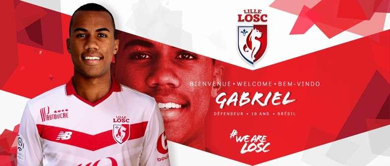 Gabriel, en su presentación como nuevo jugador del Lille. Losclive