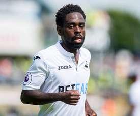 Dyer se pierde el resto de la temporada. SwanseaCityAFC
