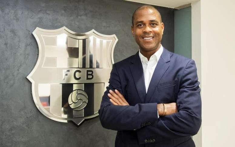 Los técnicos de La Masia se enteraron por la prensa de su continuidad. FCBarcelona