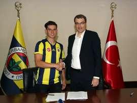 Nueva incorporación del Fenerbahçe. Fenerbahçe