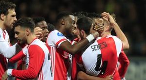 Un fan du Feyenoord oblige sa femme à accoucher en Belgique. Feyenoord