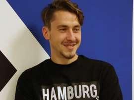 Adrien Fein signe en prêt à Hambourg. Twitter/HSV