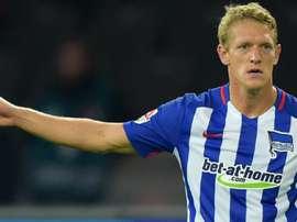 El Getafe ha anunciado la contratación de Van den Bergh, lateral del Hertha. HerthaBSC