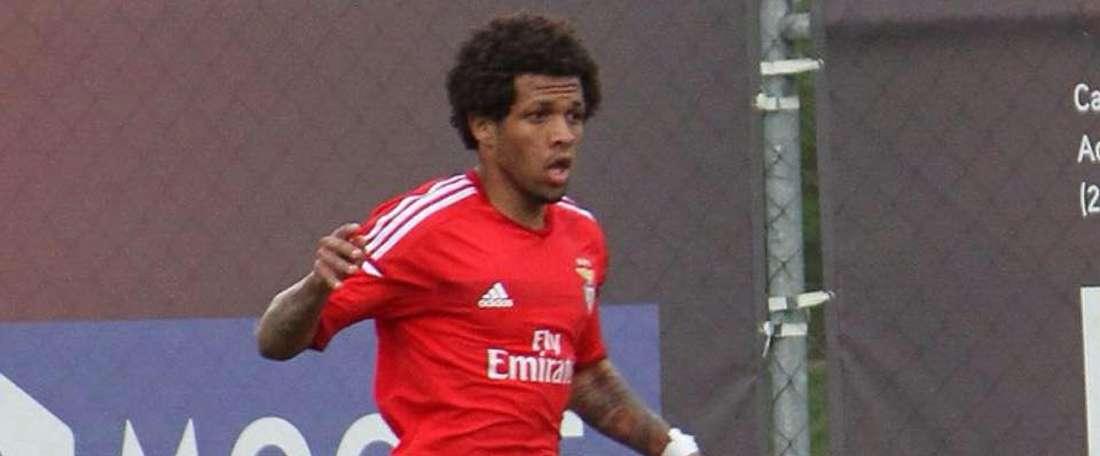 El futbolista caboverdiano Kevin Oliveira, cuando militaba en el Benfica. Twitter
