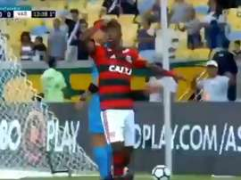 Vinicius broke the deadlock for Flamengo. Twitter