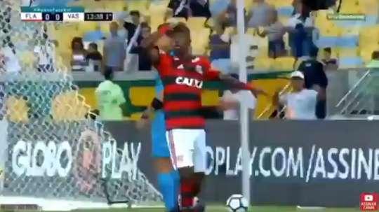 Vinicius broke the deadlock for Flamengo. Twitter