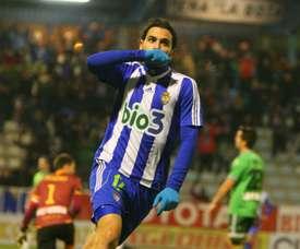 El futbolista de la Ponferradina José Andrés Rodríguez Gaitán, Andy, celebra un tanto anotado con el conjunto berciano. SDPonferradina