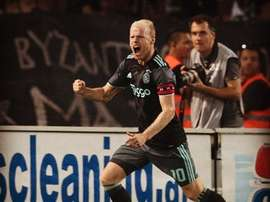 With Everton's new player Klaassen,Everton is preparing for the upcoming Europa League season. Ajax