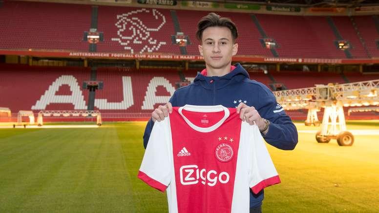 Nicolas Kühn s'engage au Bayern. Ajax
