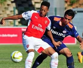 Chris Willock jugó en la Youth League con el equipo inglés. Arsenal