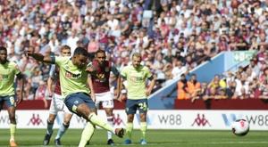 King inauguró el marcador, a los dos minutos de juego. Twitter/afcbournemouth