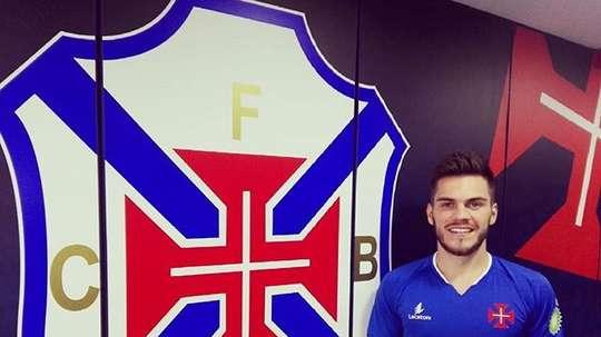 Nathan jugará lo que resta de temporada en Portugal. Twitter/BelenensesSAD