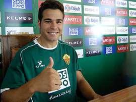 El futbolista del Elche, Samu Martínez, en rueda de prensa. ElcheCF