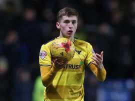 Jonjoe Kenny terminará la temporada en el Oxford United. OUFC